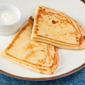Блинчики с ветчиной и сыром и сливочным соусом