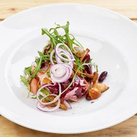ПОСТНОЕ МЕНЮ: Салат со свеклой, опятами и красной фасолью