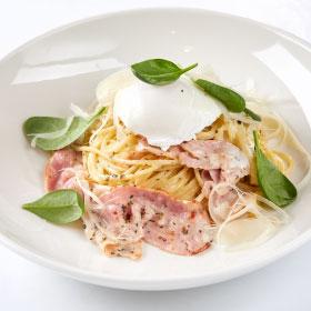 Паста Карбонара с яйцом пашот/Спагетти